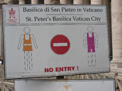 What NOT to wear St. Peters sign